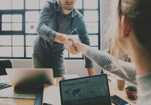 Grow-Partner-Relationships-with-Custom-Communities